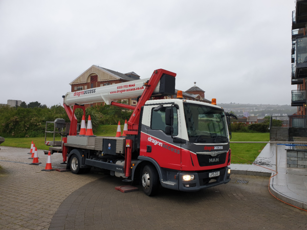 our truckmounted cherry picker